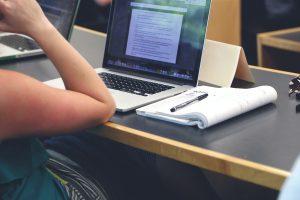 Studenten tijdens college