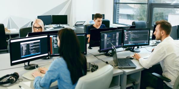 Low-code kan maatwerk software aanvullen, maar niet vervangen
